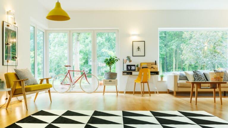 slide4-open-living-room-with-carpet-PMAGVUT.jpg